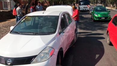 Photo of Se impacta motociclista con vehículo compacto en Madero Poniente
