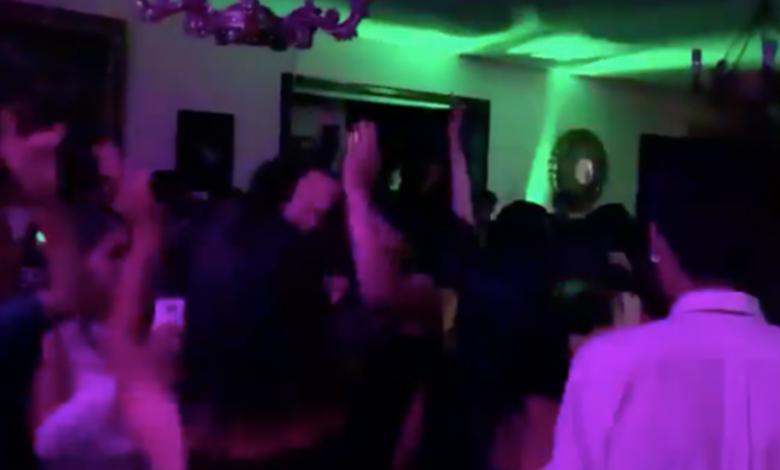 """VIDEO: """"Un violador en tu camino"""" ya se toca en las fiestas y posadas"""