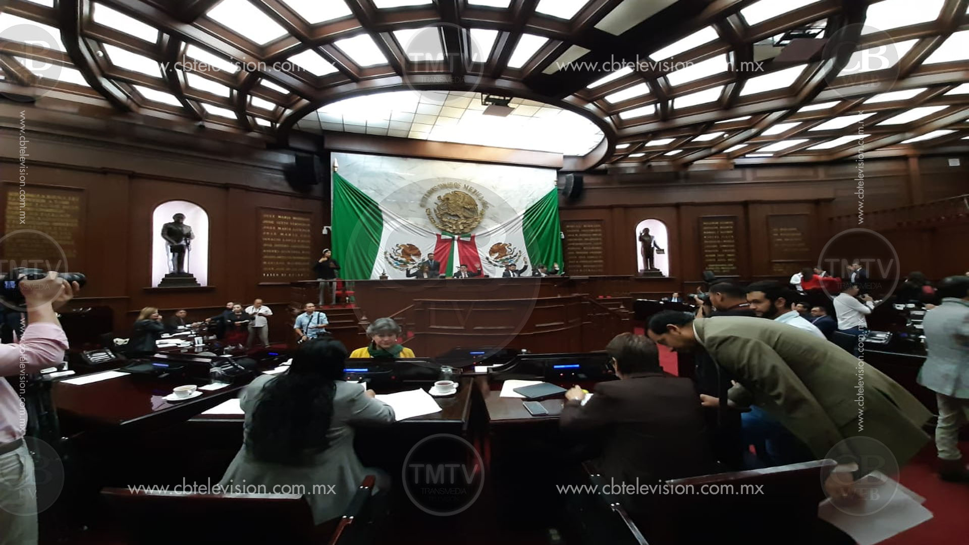 Diputados aprueban Leyes de Ingresos de Aquila, Charo, Chinicuila, Santa Ana Maya y Tuxpan