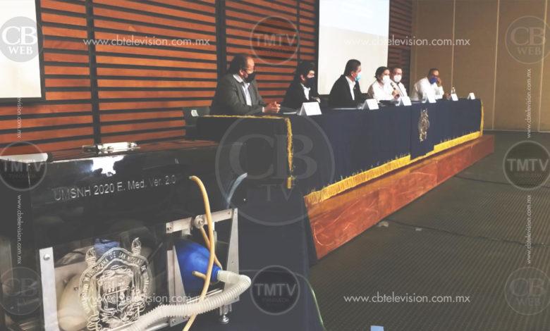 UMSNH hace entrega de Respirador Artificial al IMSS Michoacán