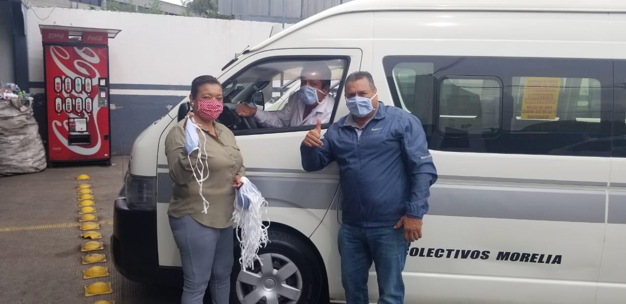 Diputada María Chavez dona insumos sanitarios a transportistas