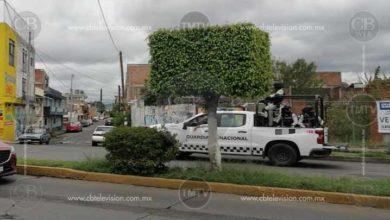 Photo of Arrestan a taxista en Morelia; quería entregar una corona de flores con una amenaza
