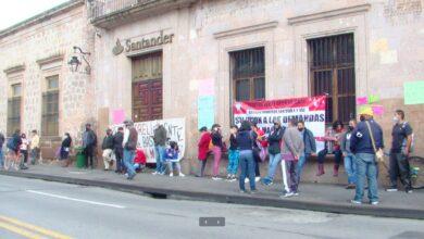 Photo of Morelianos inconformes con toma de bancos en la ciudad