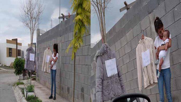 Mujer cambia su ropa por pañales y despensa para su bebé
