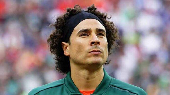 Guillermo Ochoa queda fuera de la selección por lesión