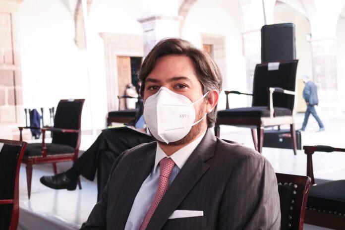 Fundamental garantizar condiciones de seguridad sanitaria a los médicos: Eduardo Orihuela