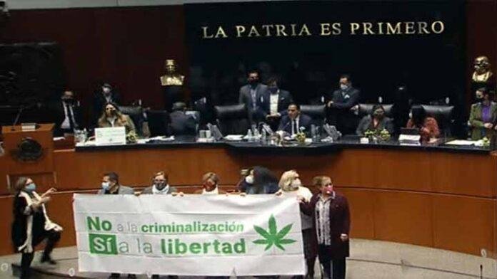 Se aprueba uso médico de la marihuana en México