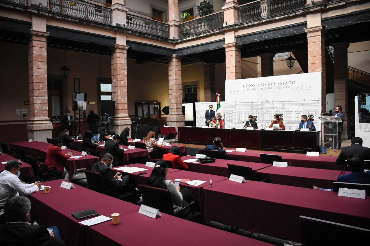 55 municipios respaldan propuesta del Congreso al Derecho al Alumbrado  Público