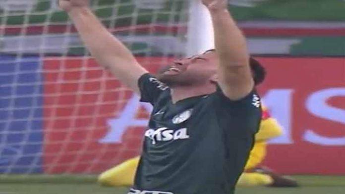 En un partido polémico, Palmeiras elimina a River de la Libertadores