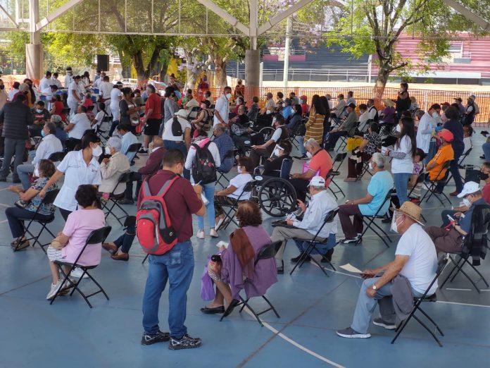 Está semana arrancará vacunación en ocho municipios más en Michoacán