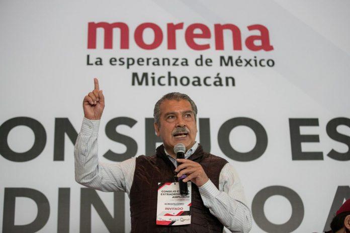 ¡El colmo! Sin candidatura, Morón Orozco asegura que va arriba en las encuestas