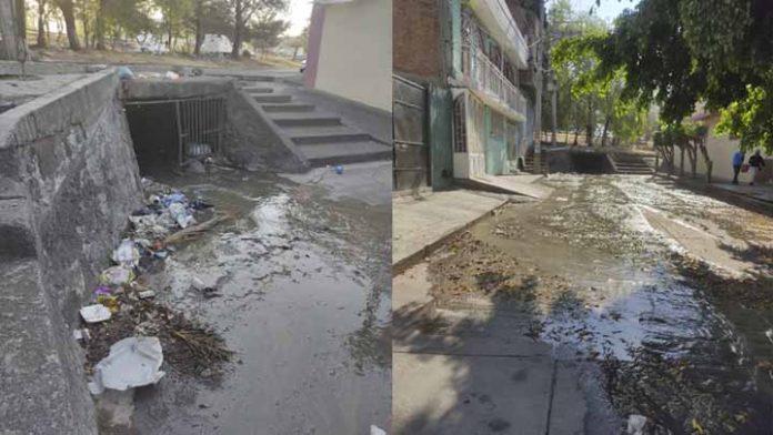 Vecinos de la colonia Buenavista de Morelia denuncian fuga de aguas negras
