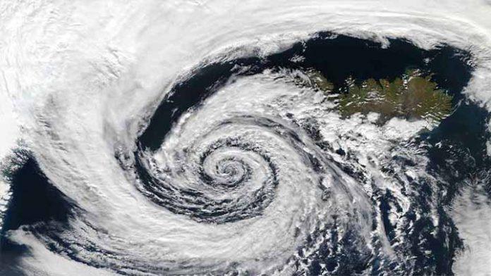 Se adelanta la Temporada de ciclones y el primero podría registrare en Michoacán
