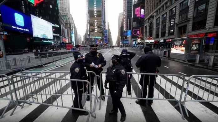 Nueva York levantará la mayoría de las restricciones por Covid en este mes
