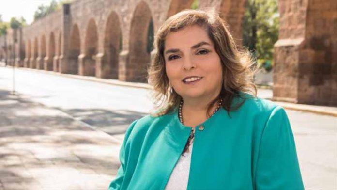 Selene Vázquez promueve juicio por sus derechos y para ser la candidata sustituta de Morena a la gubernatura