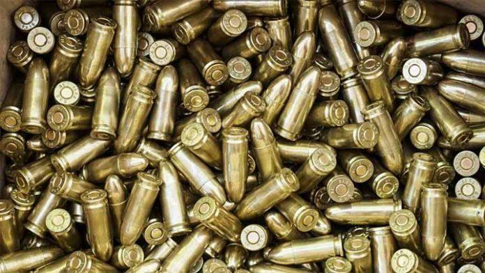 Se roban dos tráilers cargados con millones de balas
