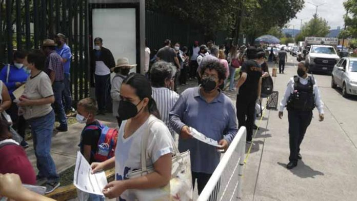Más de dos millones de michoacanos han recibido la vacuna contra Covid-19