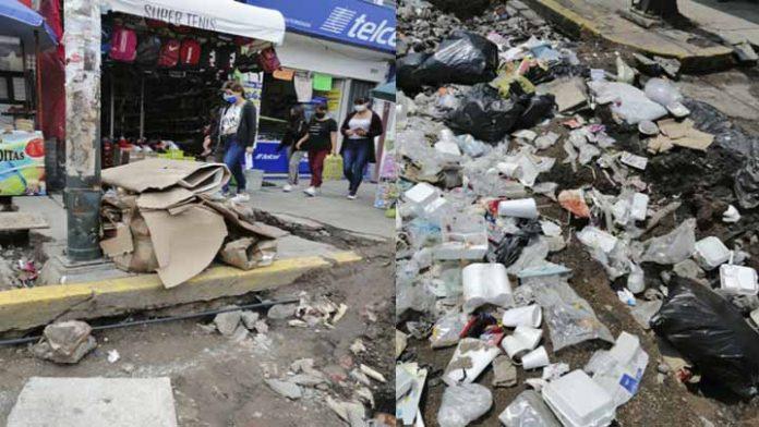 Obra en Lázaro Cárdenas se convierte en basurero