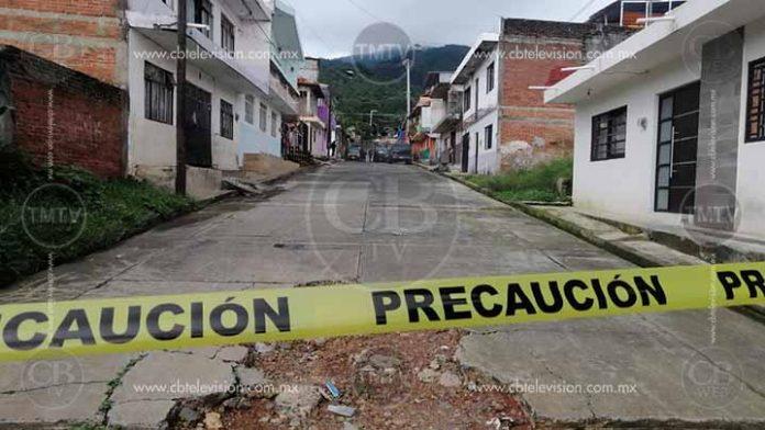 Sicarios matan a tres hombres y dejan herida a una mujer en Uruapan
