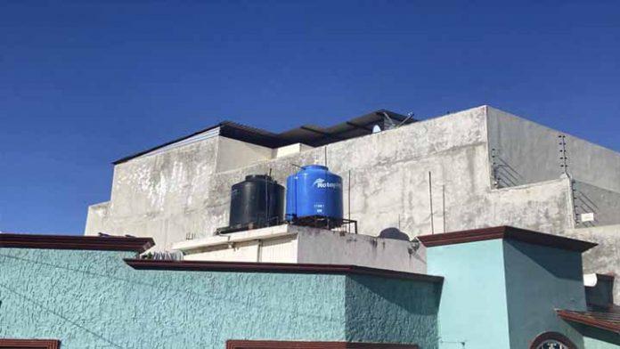 No hay solución para el desabasto de agua en la calle Rincón de la Cumbre en Morelia