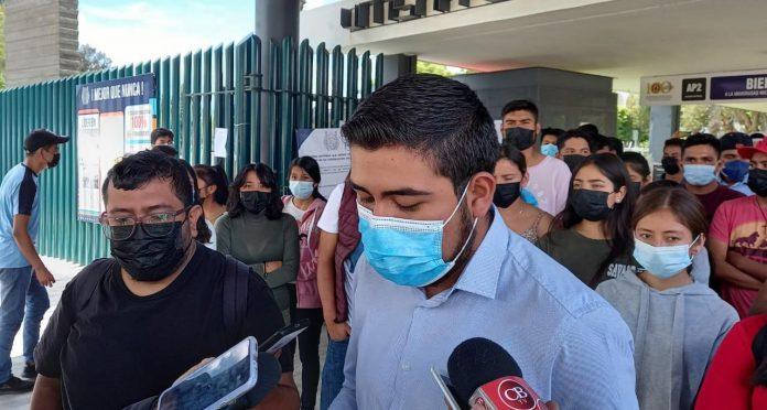 Estudiantes exigen intervención del estado para retirar al FNLS de la Casa Isaac Arriaga